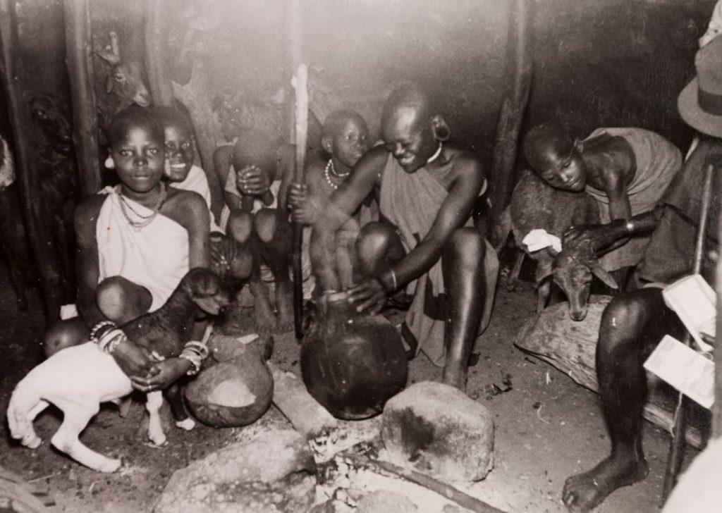 الاستعمار اللغوي: من مذكرات أديب كيني