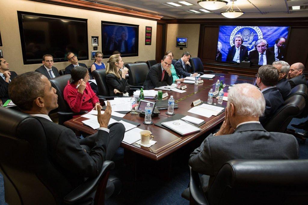 جو بايدن مع الرئيس السابق باراك أوباما لمناقشة الملف الإيراني