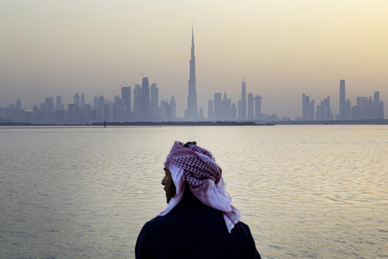 إشكالية الخلاص من الاعتلال الريعي في دول الخليج العربي